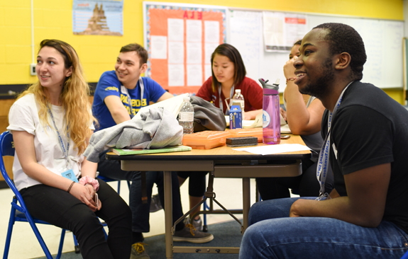 <i>10 Boston University students spent free time helping others</i>
