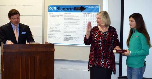 <i>School board sworn in, 1</i>