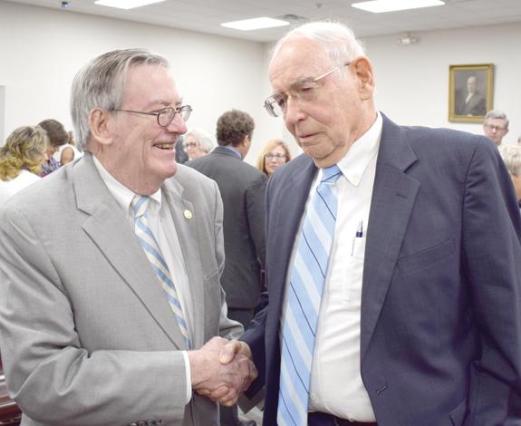 <i>'Whole state' celebrates Charles Davis</i>
