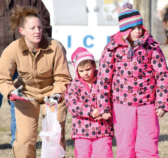 <i>New year gets off to a chilly start in Centerville, pics 2</i>