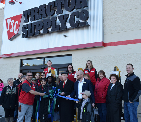 TRACTOR SUPPLY OPENS