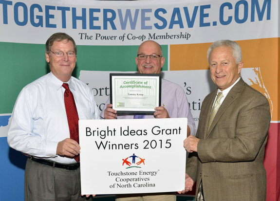 <i>FHS teacher gets Bright Ideas grant</i>