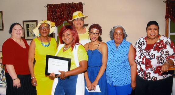 <i>Nu Epsilon Chapter awards scholarships</i>