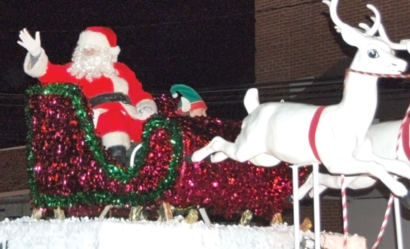 Parades helping usher in the Christmas season! pics, 5