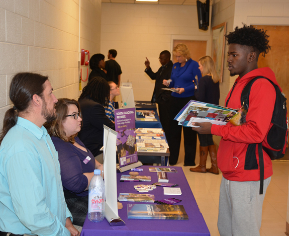 <i>VGCC's College Day allows students to explore options</i>