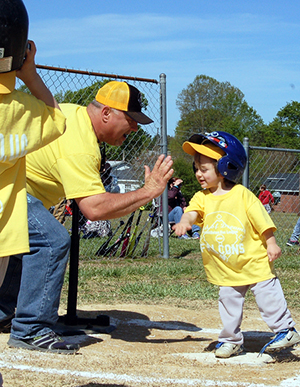 <i>It's play ball time for Fton Rec League</i>