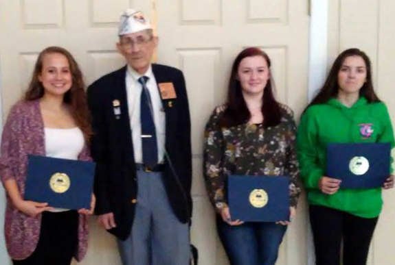 <i>Teens honored for patriotic essays</i>