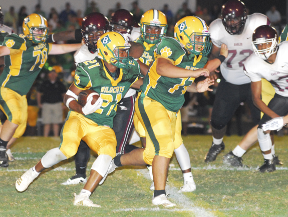 Bunn Secures Homecoming Victory Over Warren County