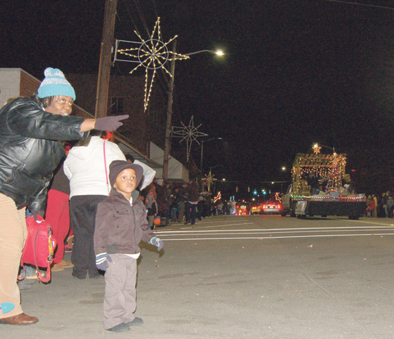 <i>Santa was one popular fellow in Franklinton! 1</i>