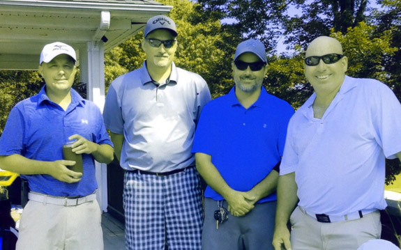 <i>Alumni groups join for a golf tourney</i>