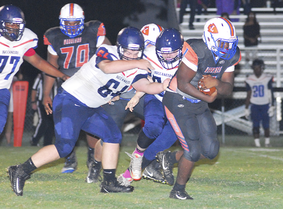 Buccaneers Pull Away From Warriors