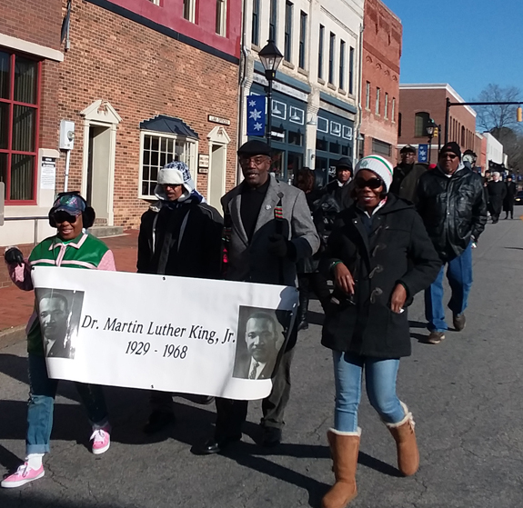 <i>County pauses to honor MLK</i>