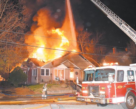 Flames destroy Nashville funeral home