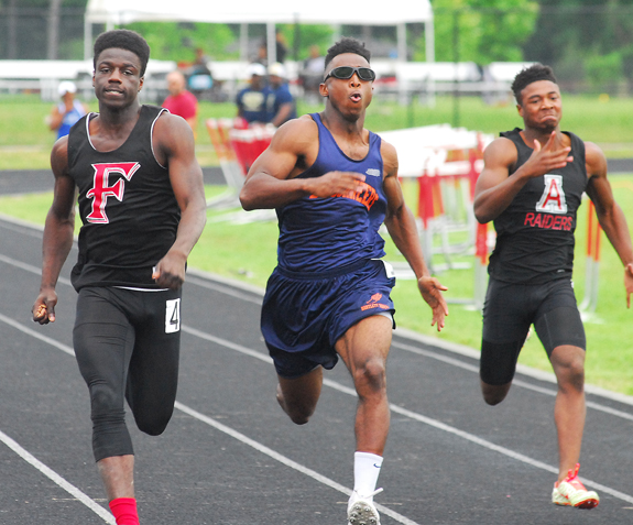 Red Rams Host Track Regional