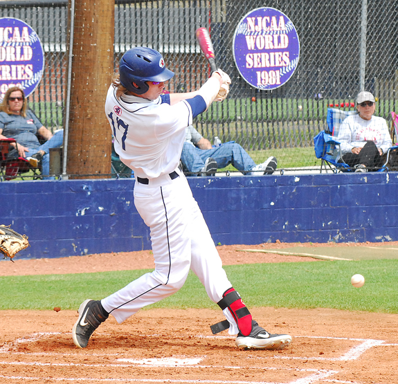 LC stars ink with colleges