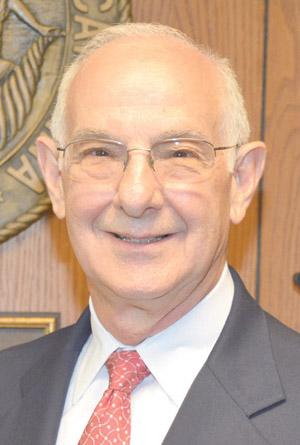 <i>Veteran educator is selected as interim VGCC president</i>